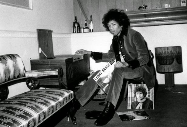 Jimi Hendrix likes vinyls