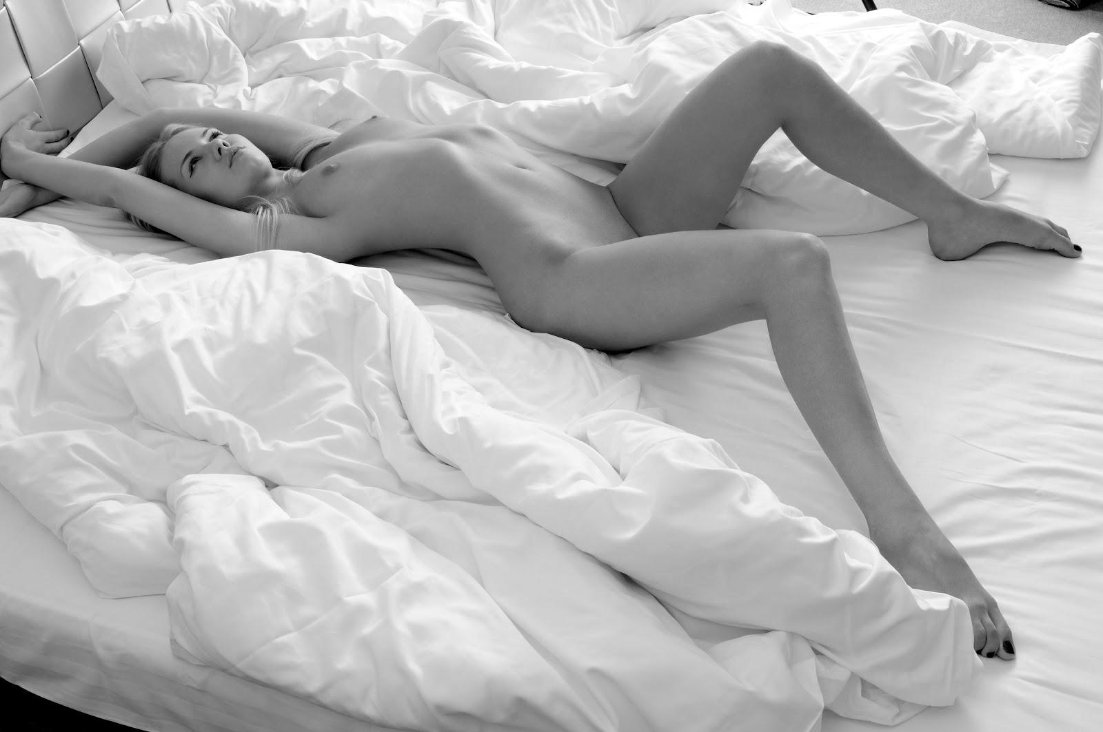 seksualnie-foto-v-posteli