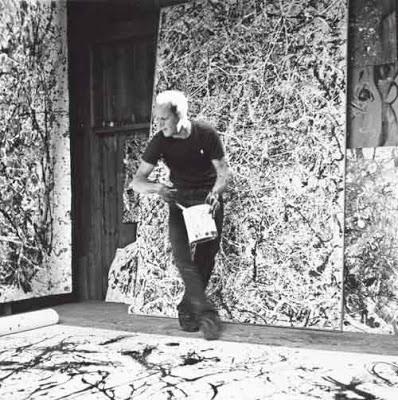 Jackson Pollock trabajando