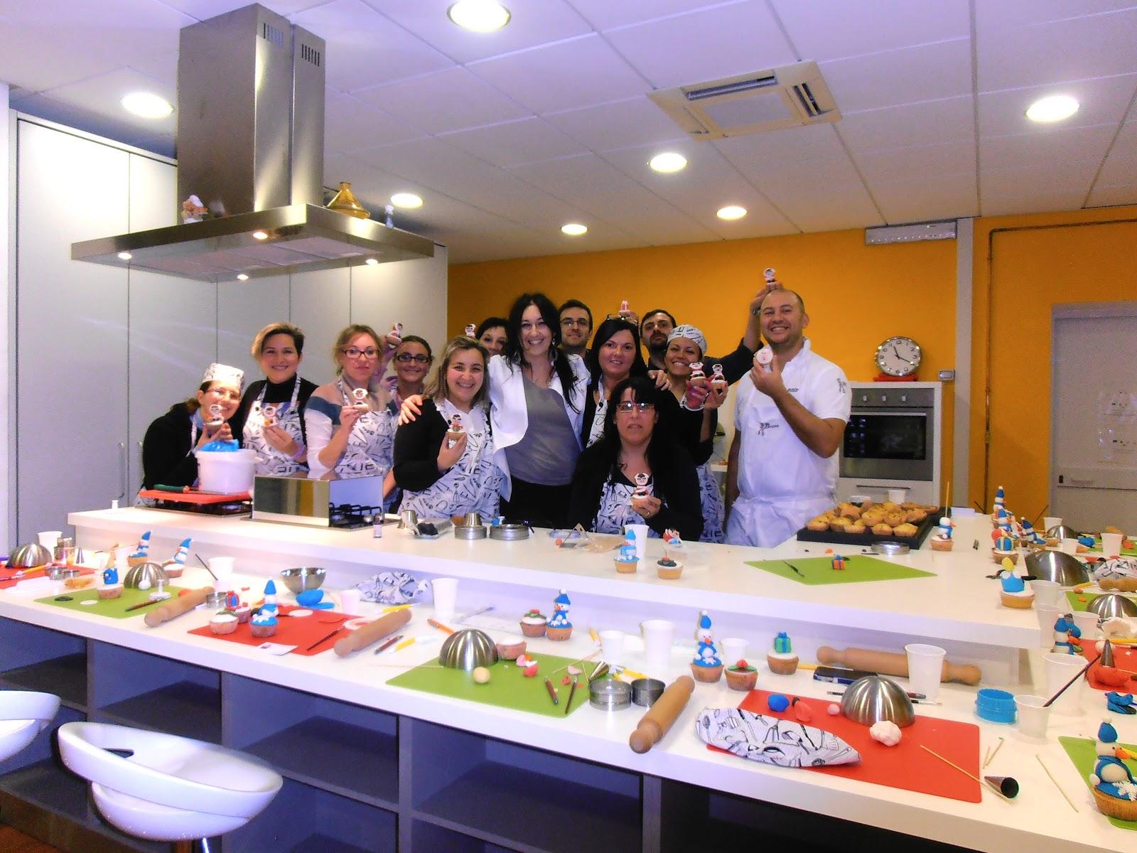 Le Cupcakes della Marina: Corso Cake Design Genova 18 ...