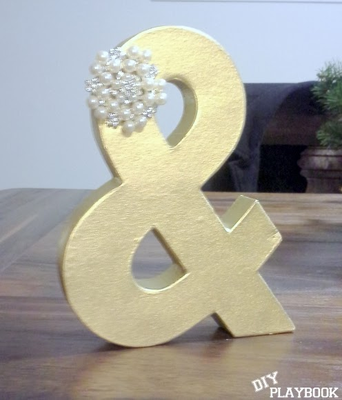 The end result- an easy yet elegant cake topper