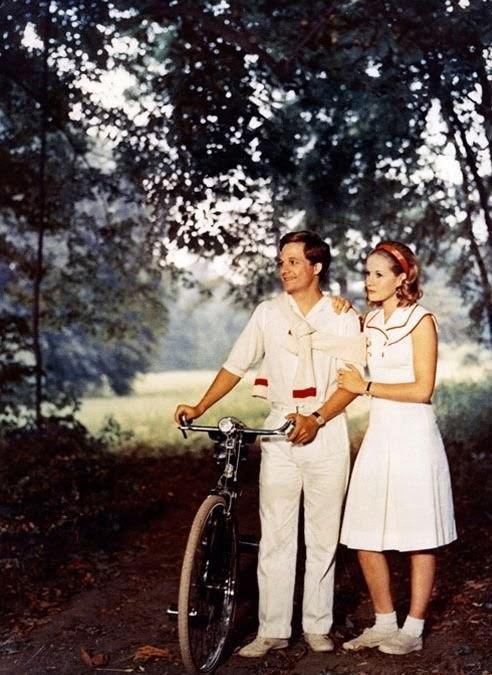 Le muse di kika la ragazza con l 39 orecchino di perla moda cinema - Il giardino dei finzi contini libro ...