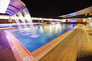 sürmeli-otel-adana-açık-yüzme-havuzu-fotoğraf