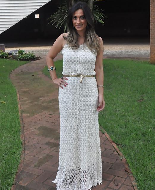 Vestido longo branco para luau