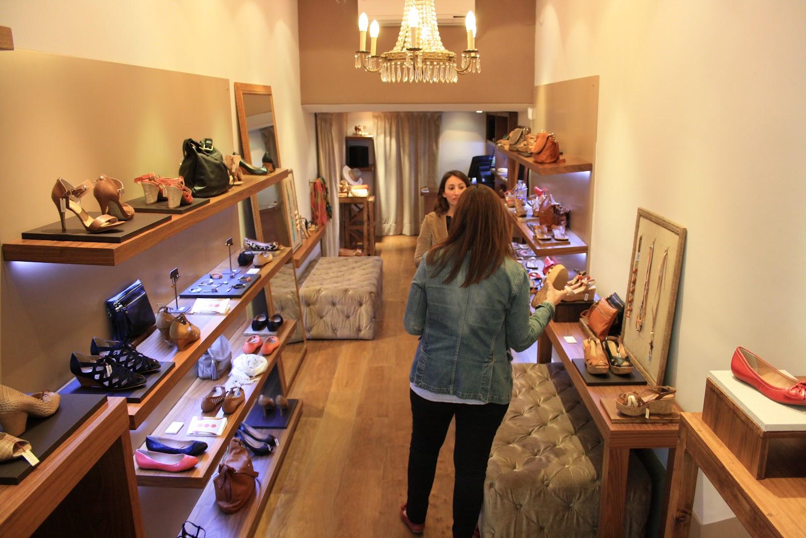 Addict smile lifestyle y moda en barcelona m s que - Casas zapateria barcelona ...