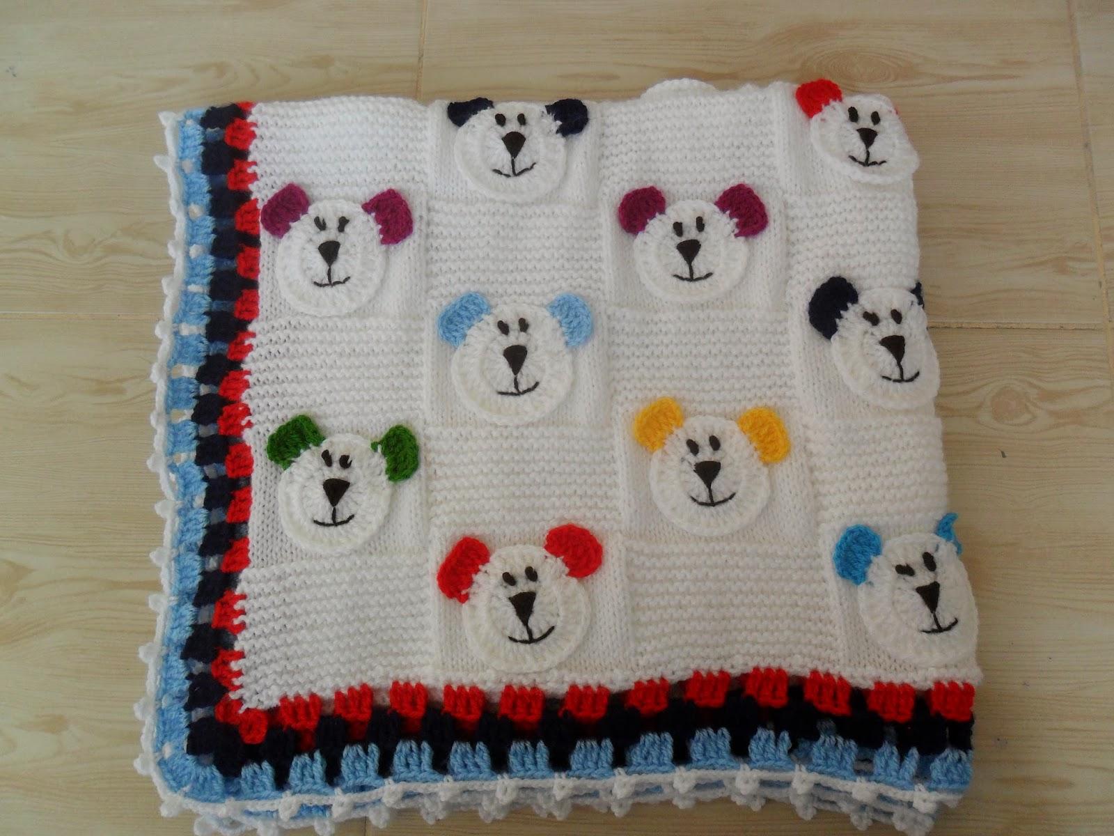 Ayıcık motifli bebek battaniyesi örneği