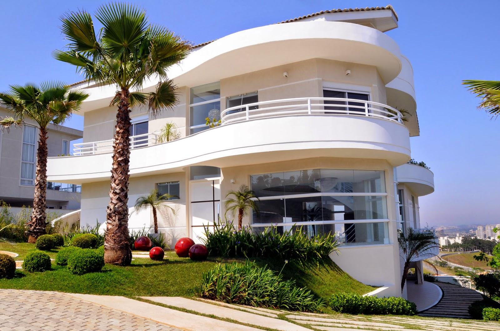 20 fachadas de casas com linhas curvas tend ncia na for Casas modernas redondas
