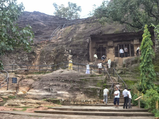 pandava caves panchmadi