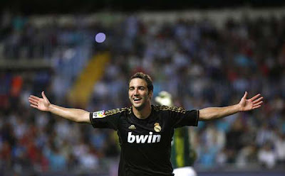 Malaga 0 - 4 Real Madrid (2)