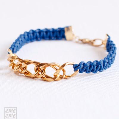 Bisuteria,jewelry,etsy,pulsera,bracelet,cordon algodon,cotton cord,macrame,nudo,knot,azul,oscuro,dark,blue,cadena,dorado,gold, chain