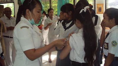Cegah Kanker Serviks Pemkot Surabaya Gratiskan Imunisasi HPV Bagi Siswa SMP Dan SMA