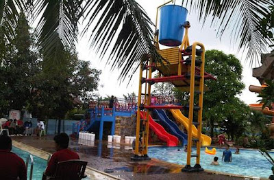 Ember Tumpah Waterboom / Waterpark
