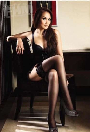 Foto bugil telanjang Seksi Sara Wijayanto di Majalah FHM