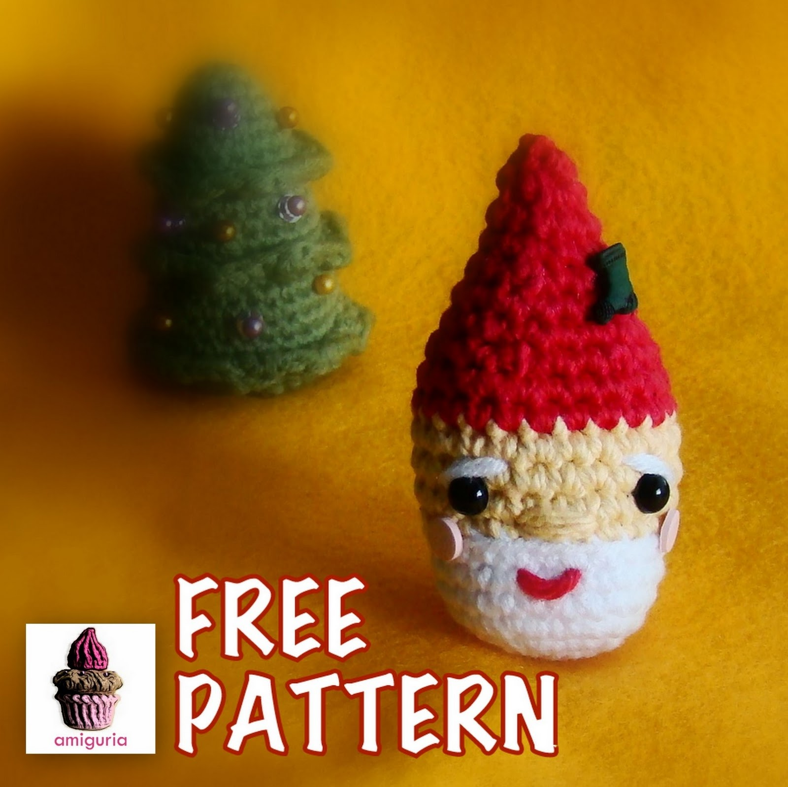 Amigurumi Santa Patterns : amiguria amigurumi: Free Pattern Santa Ornament