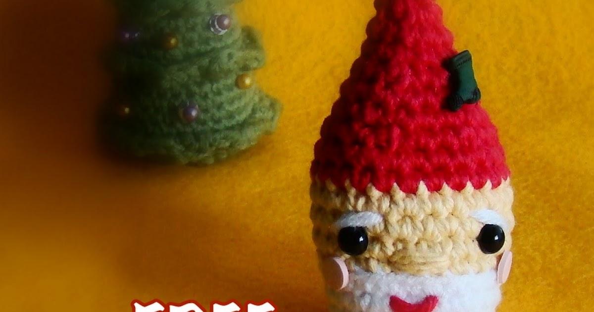 amiguria amigurumi: Amigurumi Santa Ornament