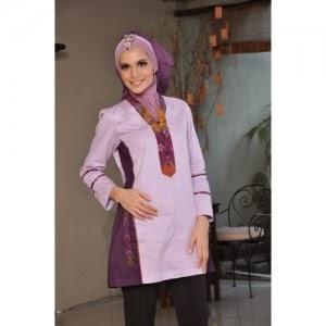 Baju hamil muslimah modern untuk kerja dengan motif batik