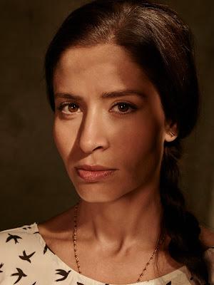 Mercedes Mason como Ofelia