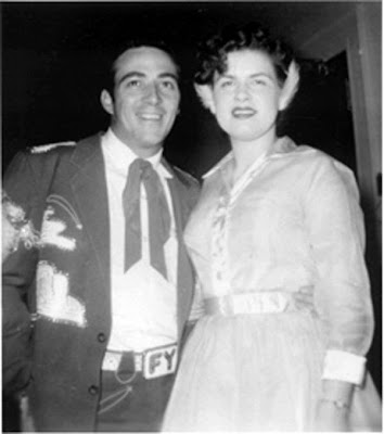 Let s keep the 50 s spirit alive faron young for Deke or juke
