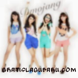 Download Lagu D'Mojang - Disitu Kadang Saya Merasa Sedih MP3