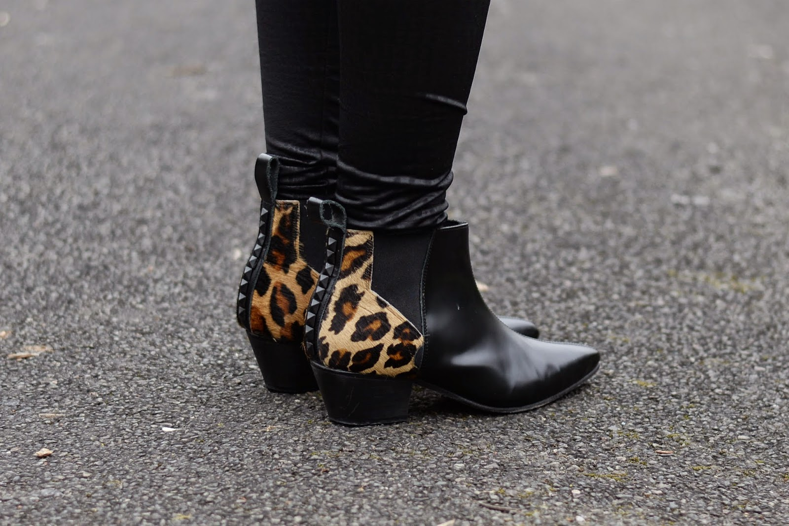Sammi Jackson - Underground Boots
