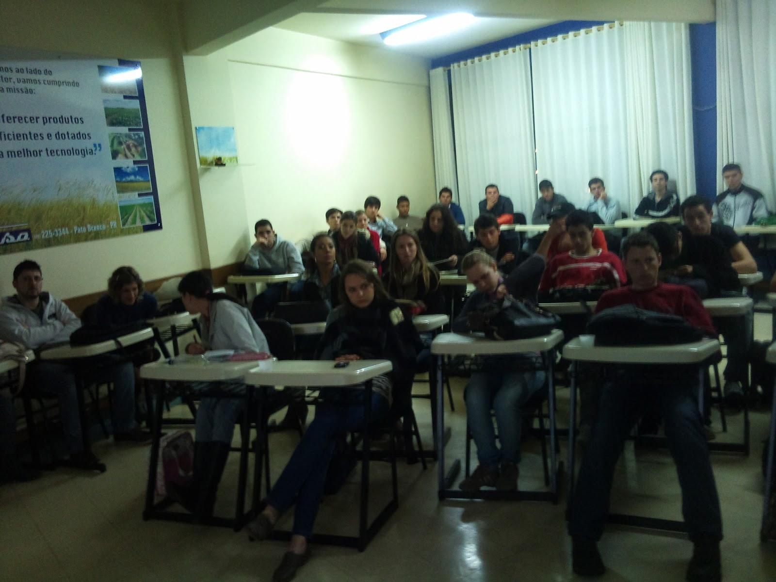 ... : PALESTRAS EM FACULDADES - Faculdade Mater Dei de Pato Branco