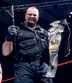 el extinto campeonato hardcore, campeonato muy recordado en la historia de la WWE destacando las luchas hardcore