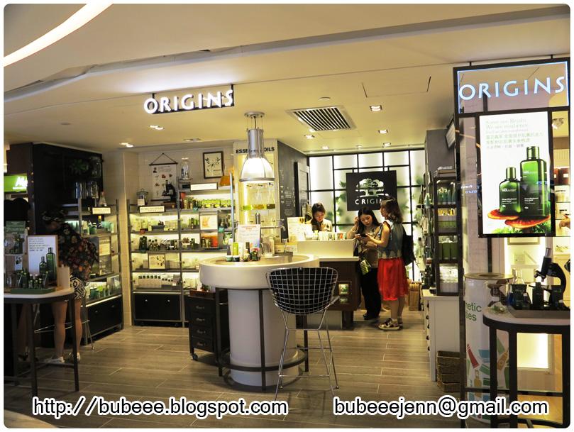 http://3.bp.blogspot.com/-yYlhUwWUeuE/U9k5VHfrw3I/AAAAAAAAbko/vjASH6JKnDs/s1600/origins-sogo-shop-opening-6A.jpg