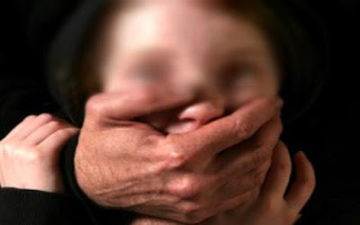 اختطاف طفلة من باب مدرسة ينزل سكان سلا إلى الشارع للاحتجاج