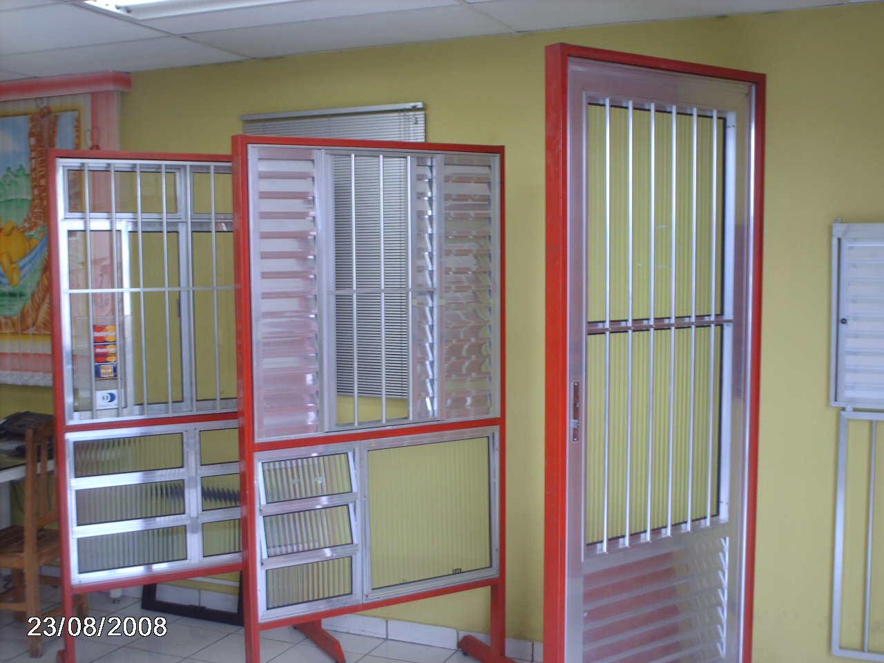 #A23129 ESQUADRIA DE ALUMÍNIO E VIDRO 1066 Portas E Janelas De Aluminio Em Feira De Santana