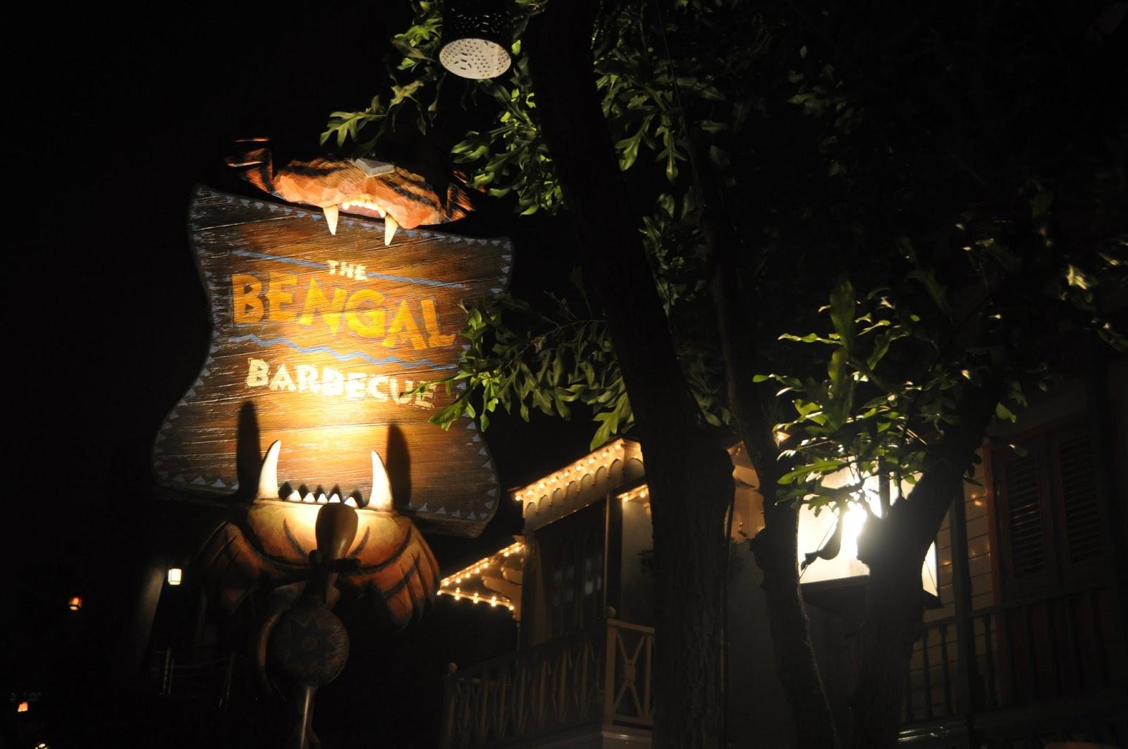 Disney, Disneyland, Disney fan, Disney lover, magical kingdom, what to do at Disneyland, Disney fashion, California adventure, California advenure food, whre to eat at California adventure, Disney apparel, Disney food, Disney food review, mickey mouse ears, where to eat at Disneyland, fashion blog, fashion blogger, style blog, style blogger, mens fashion, mens fashion blog, mens style, mens style blog, womens style blog, anthropologie ootd blog, anthropologie ootd, anthropologie, ootd, mens ootd, womens ootd,