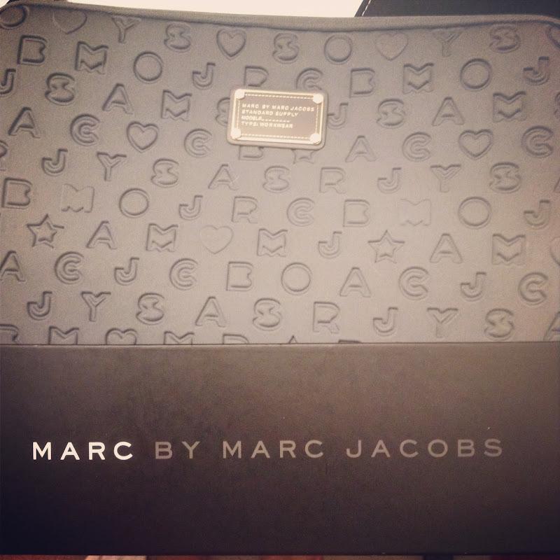 marc jacobs laptop bag cathy huang. Black Bedroom Furniture Sets. Home Design Ideas