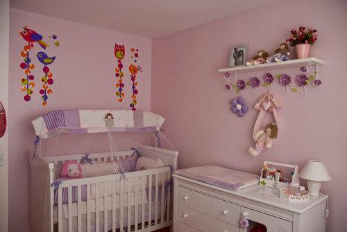 Pintura y madera c mo decorar la habitaci n de mi beb for Como decorar habitacion bebe nina
