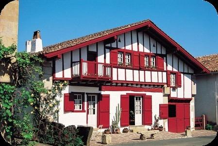 Chambres d 39 h tes michel et mait discazaux le pays basque - Maison volet rouge basque ...