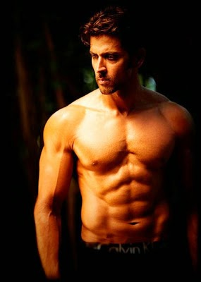 Hrithik Roshan Shirtless Pics, Hrithik Roshan's Unseen Six-Pack Abs body Pics