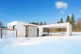 บ้านสีขาว