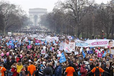 Γαλλία : Οι Χωρισμένοι Μπαμπάδες...ΑΓΑΝΑΚΤΗΣΑΝ !!!