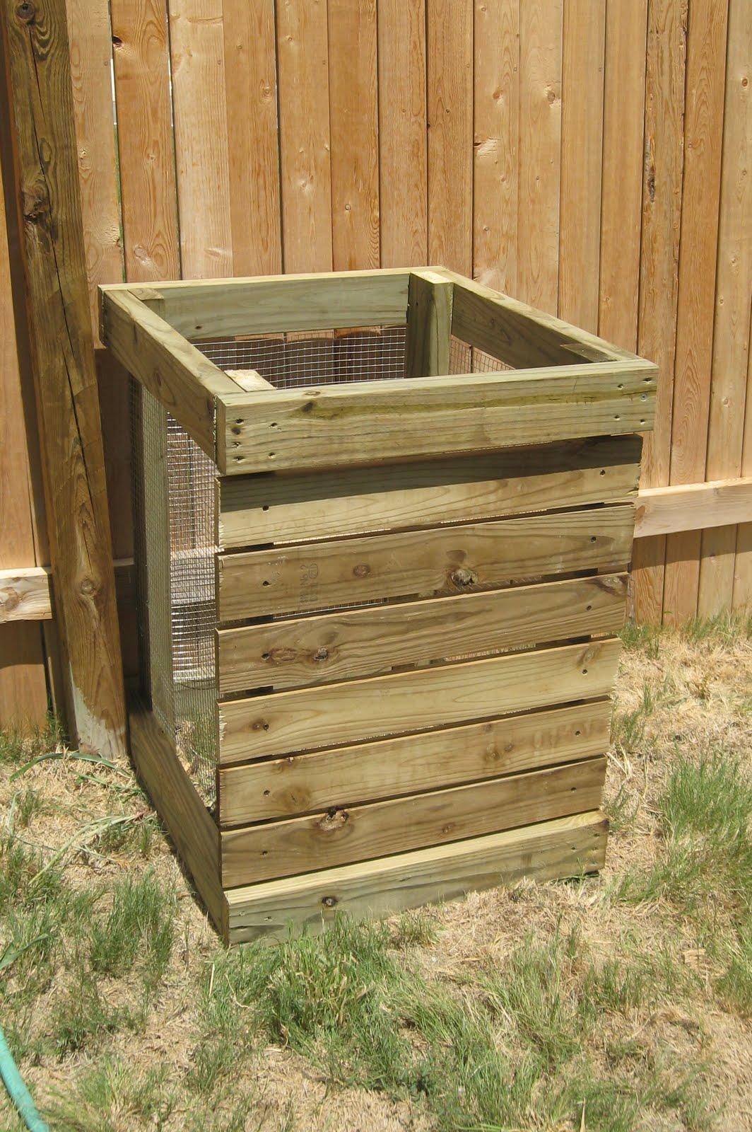 Next to Heaven DIY Compost Bin