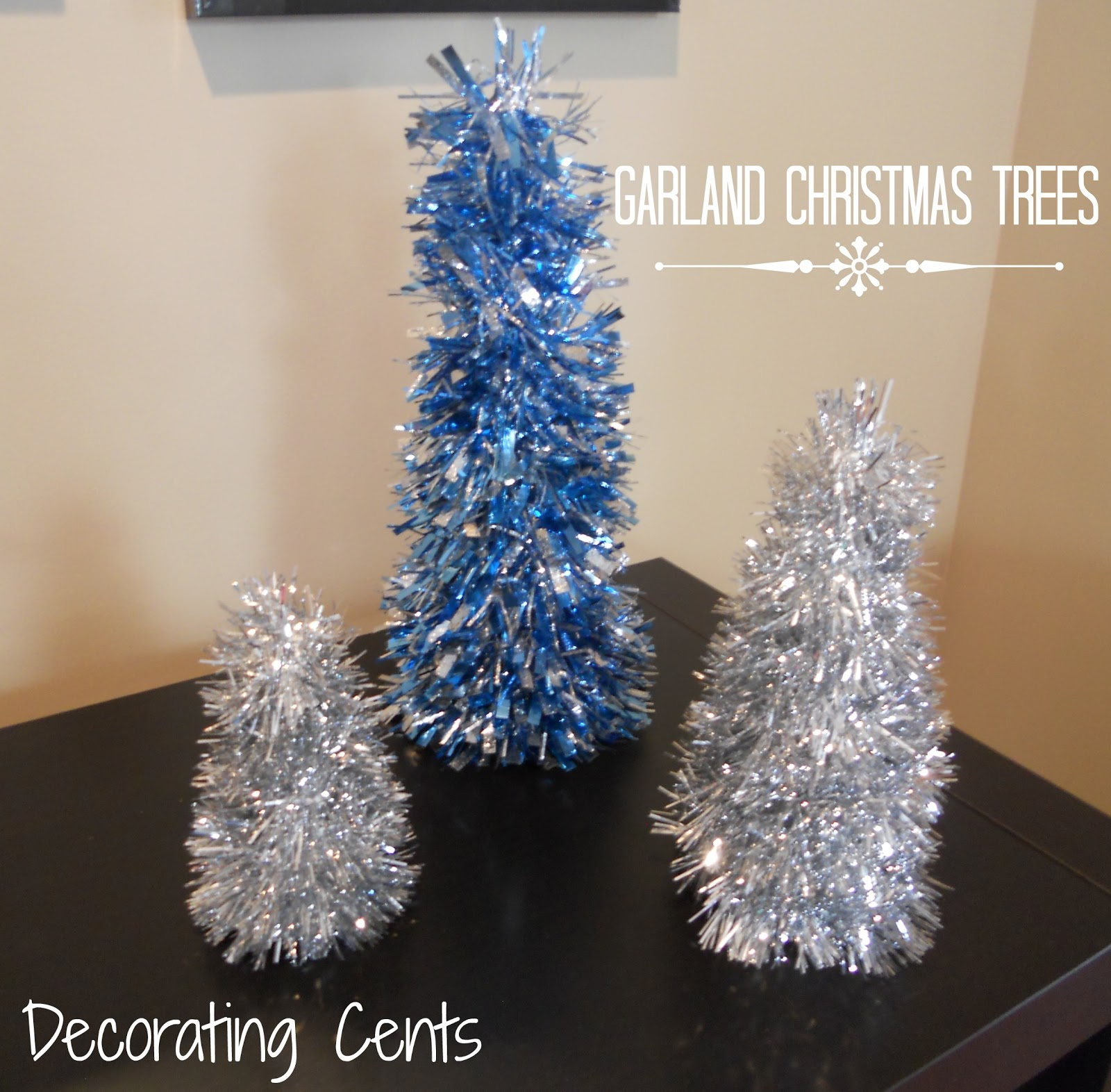 Decorating cents garland christmas trees Garland tree decoration