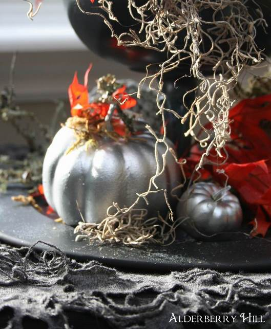 Ghoulish Centerpiece