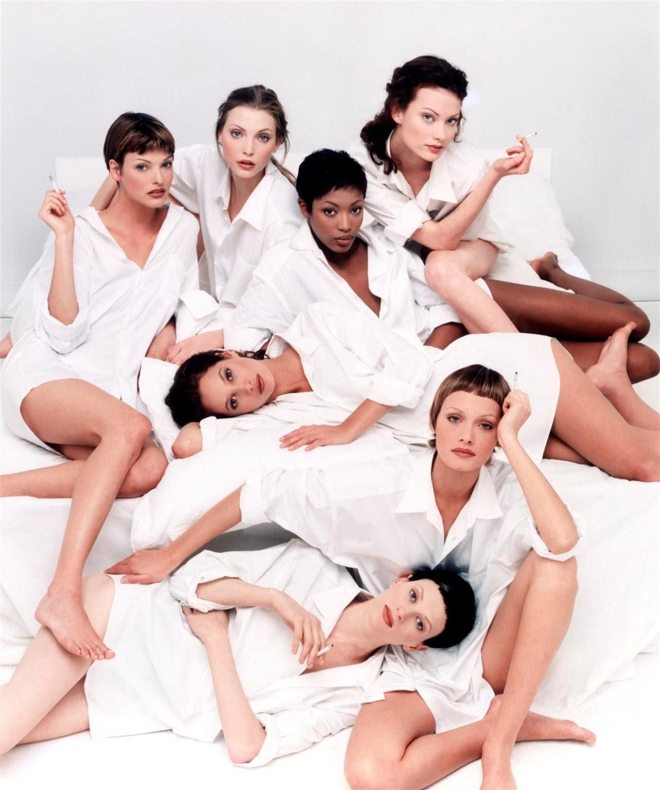 http://3.bp.blogspot.com/-yZpzot-D4h0/TjTq_l9euFI/AAAAAAAACV0/sDBp8oS0SLs/s1600/Group+shot+Italia+Vogue+May+1993+Meisel.jpg