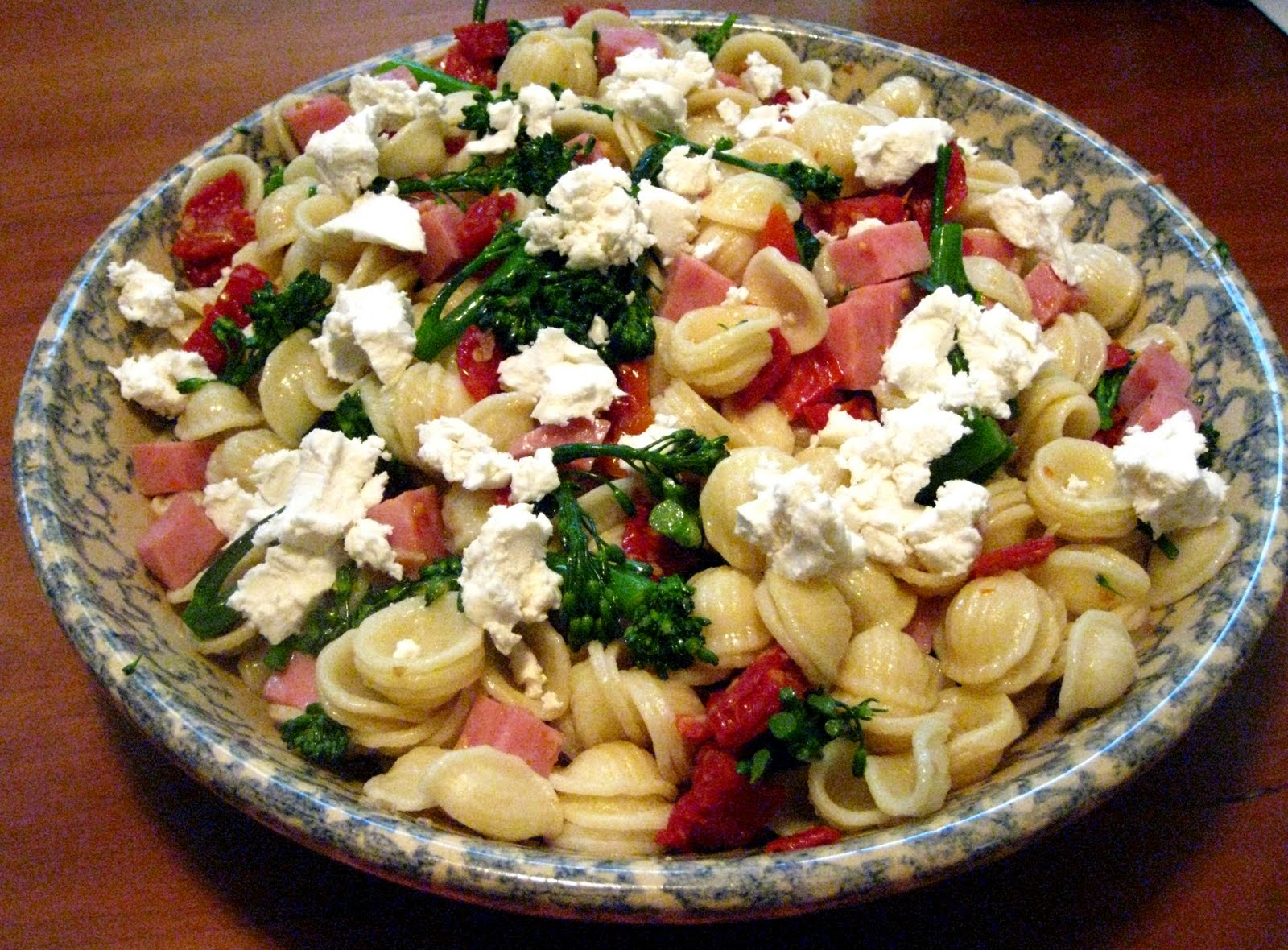 Pasta With Broccoli, Goat Cheese, And Oregano Recipe ...