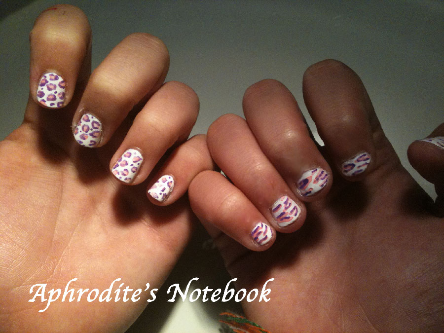 Aphrodite\'s Notebook: Purple, Pink,and White Nails