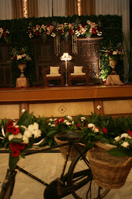 keluarga budiarto: review pernikahan 5-6 juli : dekorasi
