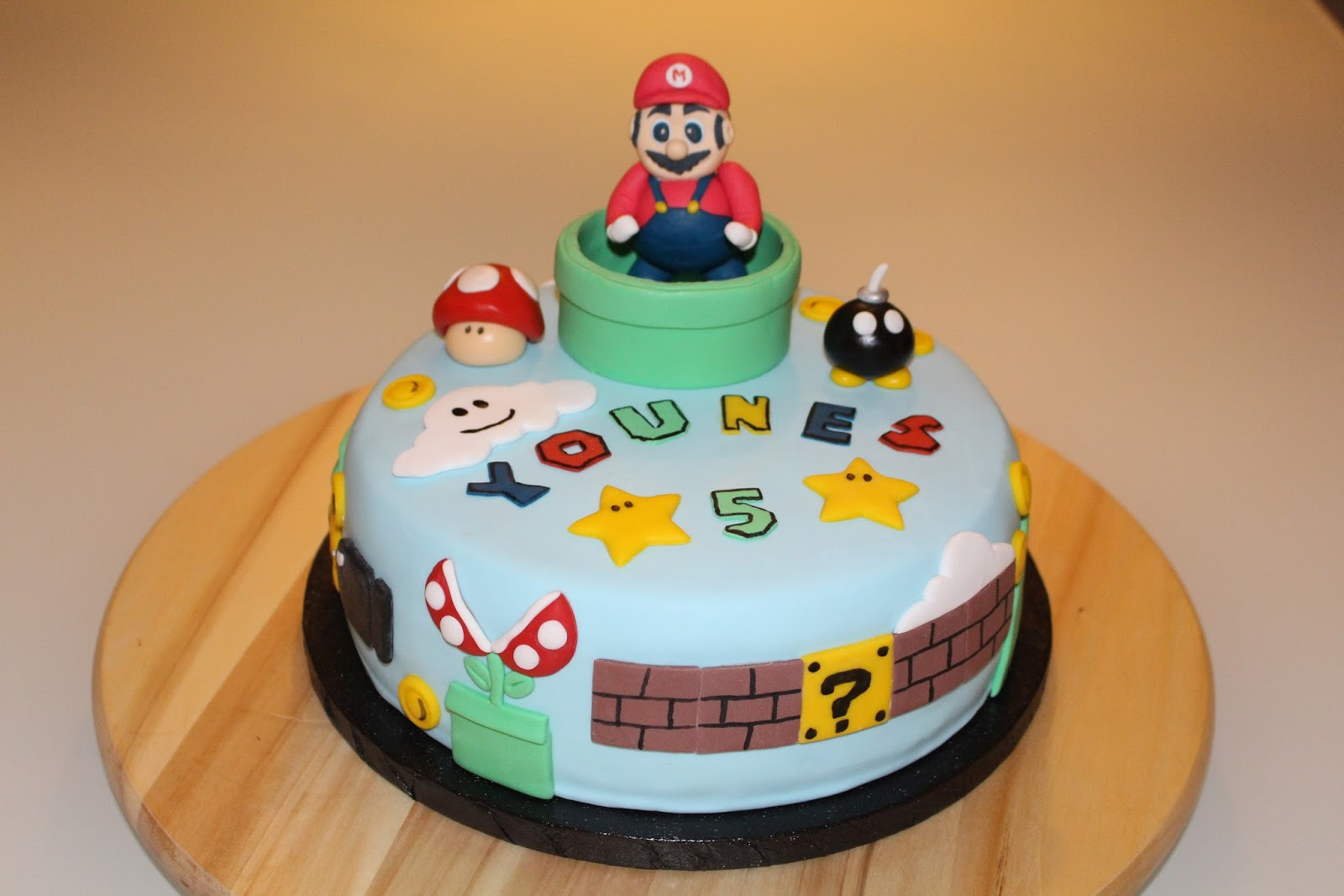 i bake you smile super mario torte. Black Bedroom Furniture Sets. Home Design Ideas