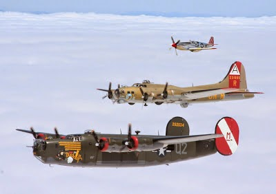 B-17 & B-24 Aurora Airport    Wings of Freedom Tour