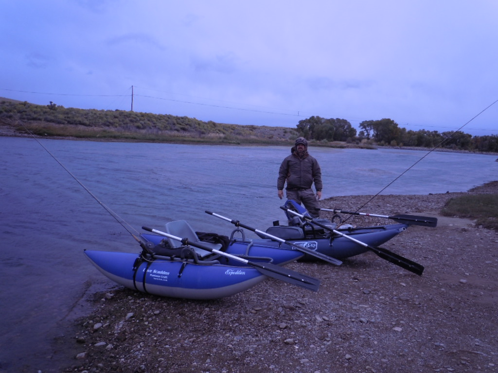 Fly fishing the west with howard floating the green river for Fly fishing pontoon