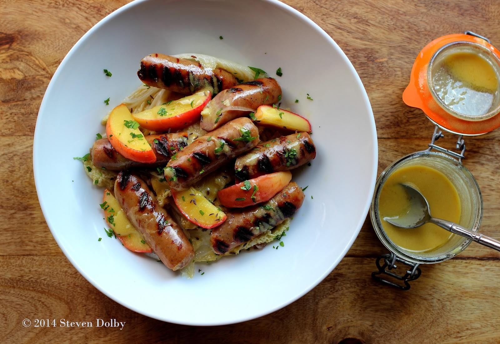 recipe: beer braised brats and cabbage [13]
