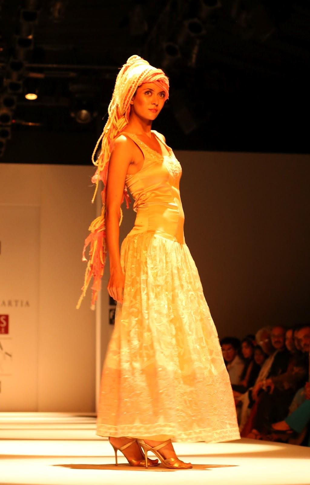 Wills Lifestyle India Fashion Week Ss 2013 Day 2 Delhi