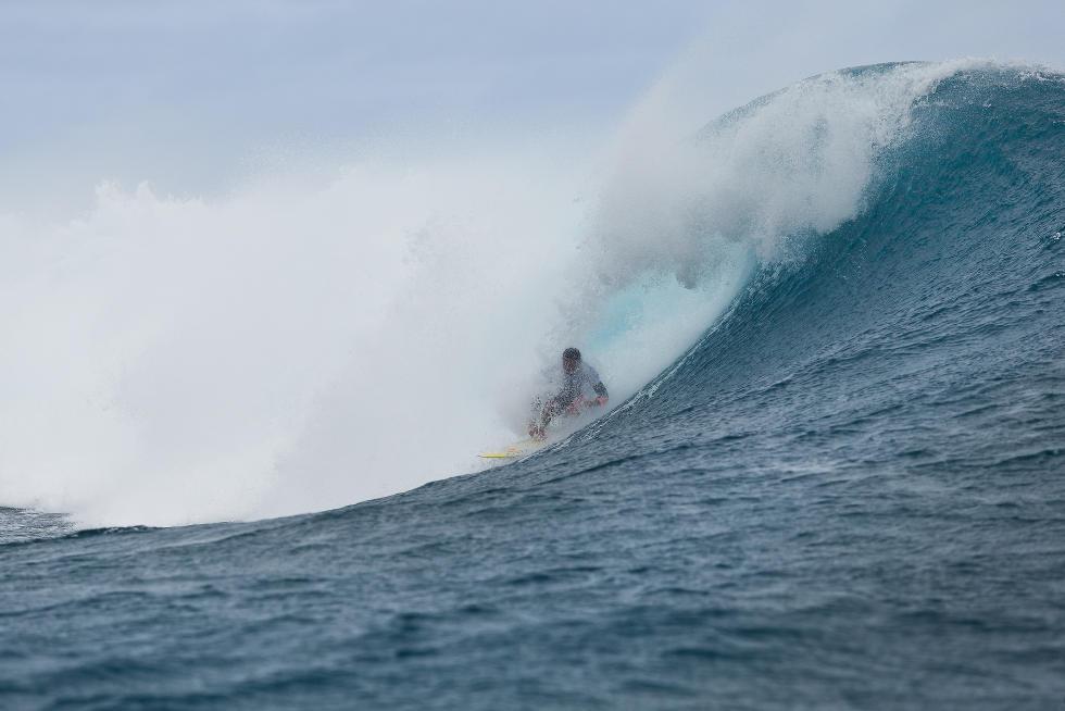 5 Bruno Santos Billabong Pro Tahiti 2015 Foto Stephen Robertson
