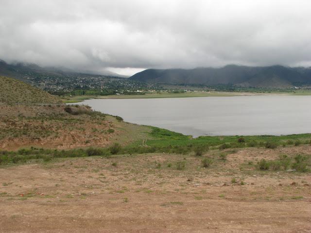 lake tafi del valle argentina